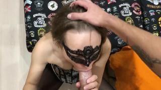 Секс с женой в маске икапроновых колготках